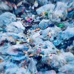Por qué los microplásticos deberían preocuparte